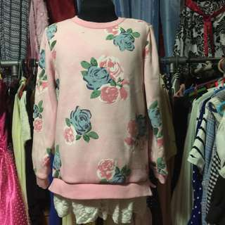 Cute Floral Sweater Blouse