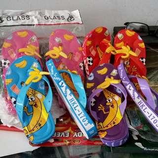 Sandal anak Banana