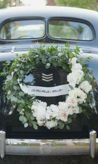 DIY wedding car decor