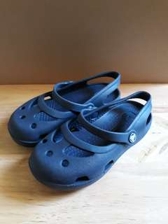 Navy blue Crocs for kids (size 10)