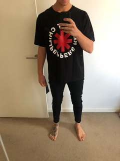 RHCP Band Tee in Black