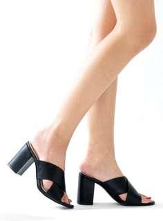 Kristen Heels - Black