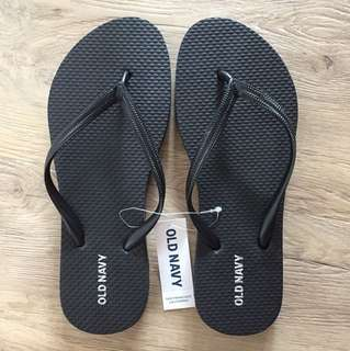 Old navy black slippers