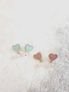 Kr Textured Heart Pearl Earrings
