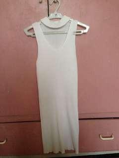 white ribbed bodycon dress