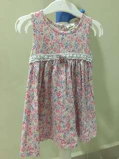 Tiny button girl dress