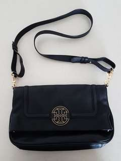 Tory Burch Sling Bag. 2 ways