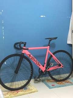 Aventon Cordoba full bike fixed gear