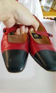 Lanvin shoes, Authentic