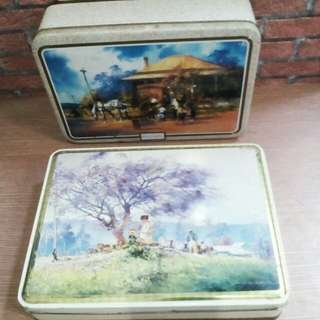 Vintage tin made in england