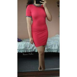 H&M red ribbed bodycon dress 💕
