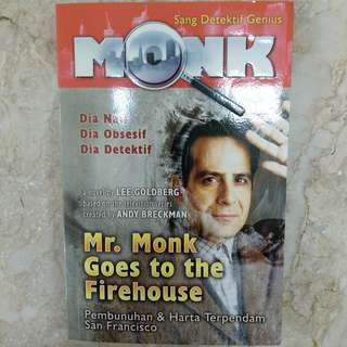Buku Novel Mr. Monk Goes to the Firehouse (PRELOVED)