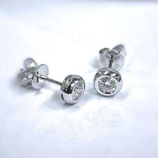 18kw diamond earrings