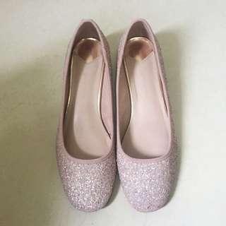 SALE! Stradivarius Pink Glitter Kitten Heels