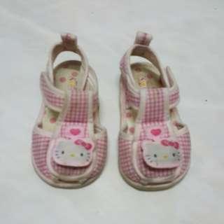 🚚 台製 Hello Kitty 學步鞋 涼鞋