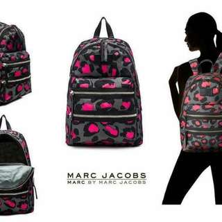 marc by marc jacobs粉紅豹紋後背包
