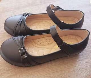 School Shoe2Masgo Brand