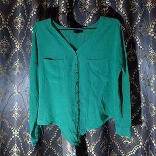Loose green blouse