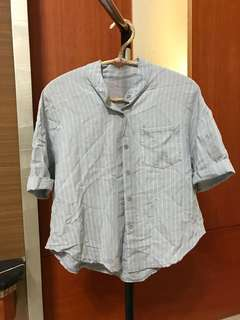 🚚 淡藍襯衫