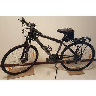 Scott Sporters 40 - Hybrid Bike (Bundled Accessories Good Conditions)