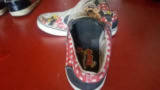 Slip on shoes (minnie mouse)