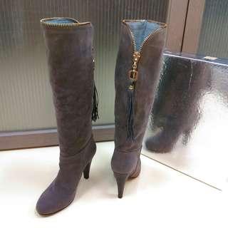 🚚 全新momoco 灰駝色麂皮流蘇金拉鍊高跟長靴 23