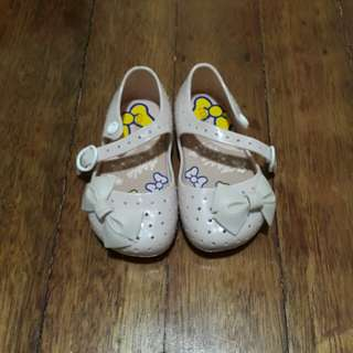 Jelly shoes 2T (with free slippers)