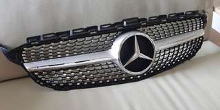 Mercedes C Class (W205) Diamond Grill - Front