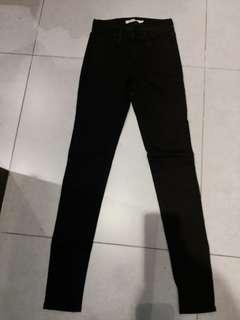 全新Levis 710黑色牛仔super skinny size 24