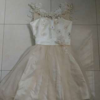 Pre-loved Flowery Bridal Dress