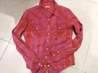 90%New Levis恤衫  size xs