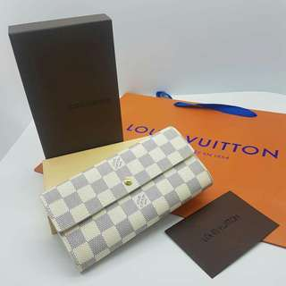 Louis Vuitton Azur Portefeuille Sarah Wallet
