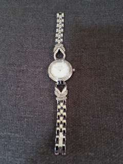 Solvil et Titus pearl face + diamond watch