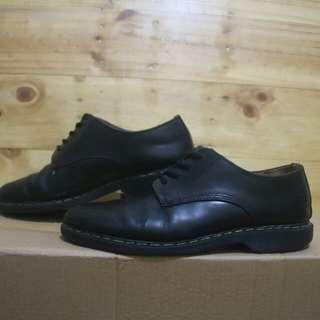 Dr martens vegan 1461 black leather low shoes original