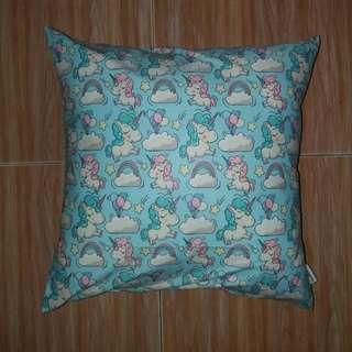 Sarung Bantal Kursi (Cushion) Blue Unicorn