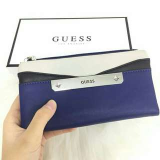 Authentic Guess Purse offer!!!!