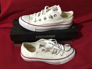 Converse Chuck Taylor lowcut white