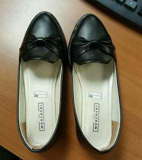 Sepatu Hitam 39 - FreeOng Jabodetabek