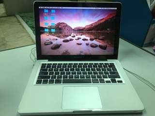 Macbook Pro 13' i7 2011 complete box