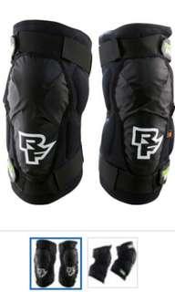 Raceface D30 knee guard