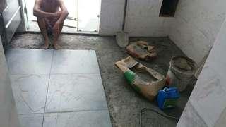 Kerja kerja memecah dan memasang tiles bilik air...  Berminat sila hubungi +601162244529