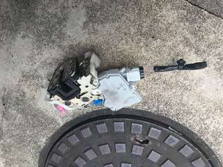 2006, 2007, 2008 Subaru Impreza sedan TS front right driver door lock and central locking motor actuator
