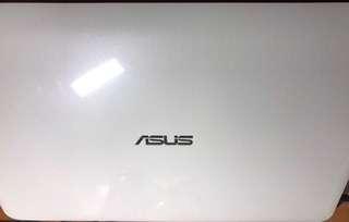 ASUS X556U 15.6吋筆記型電腦
