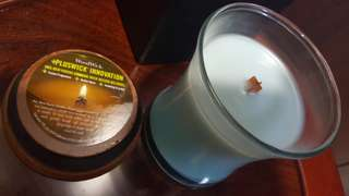 WoodWick candle in Paradise Blue