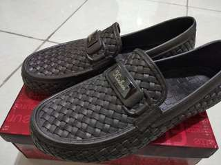 Sale! Sepatu karet pria