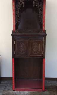Narra - Buddhist altar