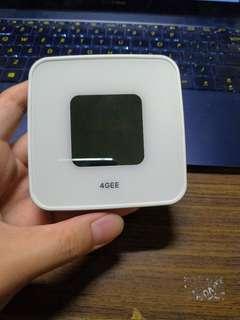 🚚 全新 4G隨身路由器 行動熱點 3G 網卡 SIM卡無線分享器 ROUTER 台灣之星4G可用