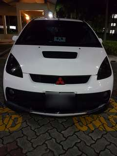Mitsubishi Colt Version-R 1.5 Auto