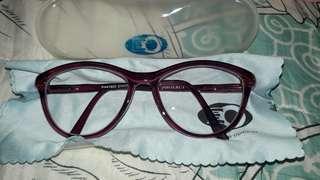 Pheobus eyeglass