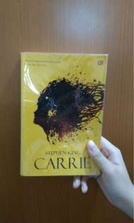 Novel terjemahan Carrie by Stephen King